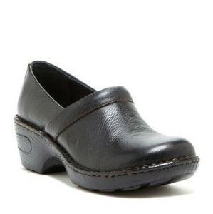 Born Toby wedge leather clog nurse shoes size 8.5